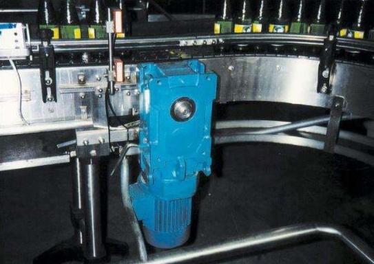 moteur-convoyeur-bouteille02